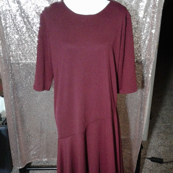 Ra Ju Dresses & Skirts - NWOT Ra Ju Maroon Shift Dress SZ M/L